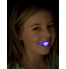 Dentier lumineux avec LED