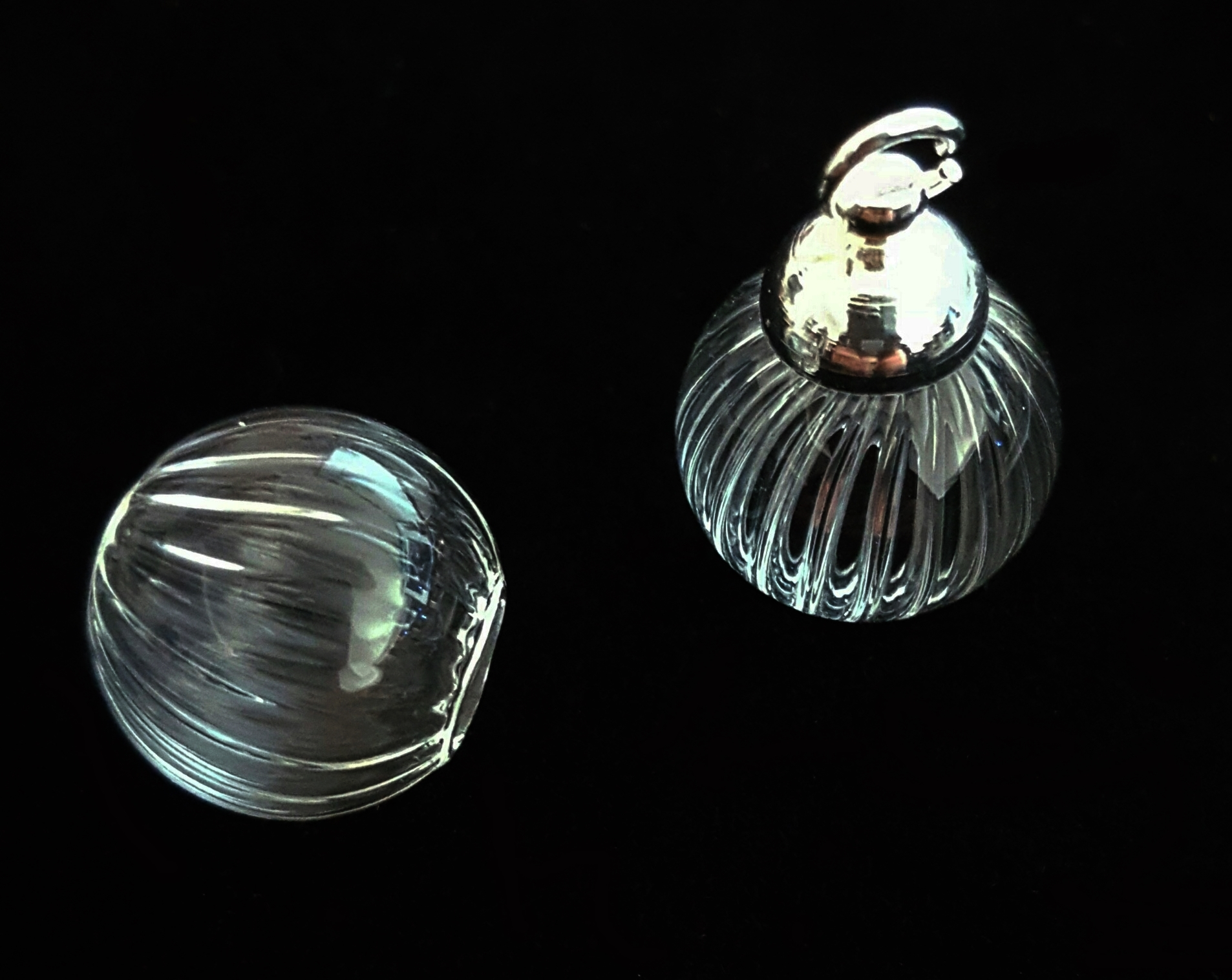 Globe en verre strié