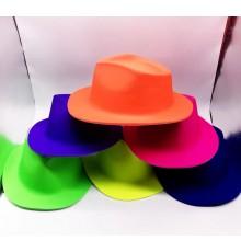 Chapeau imitation Borsalino en PVC
