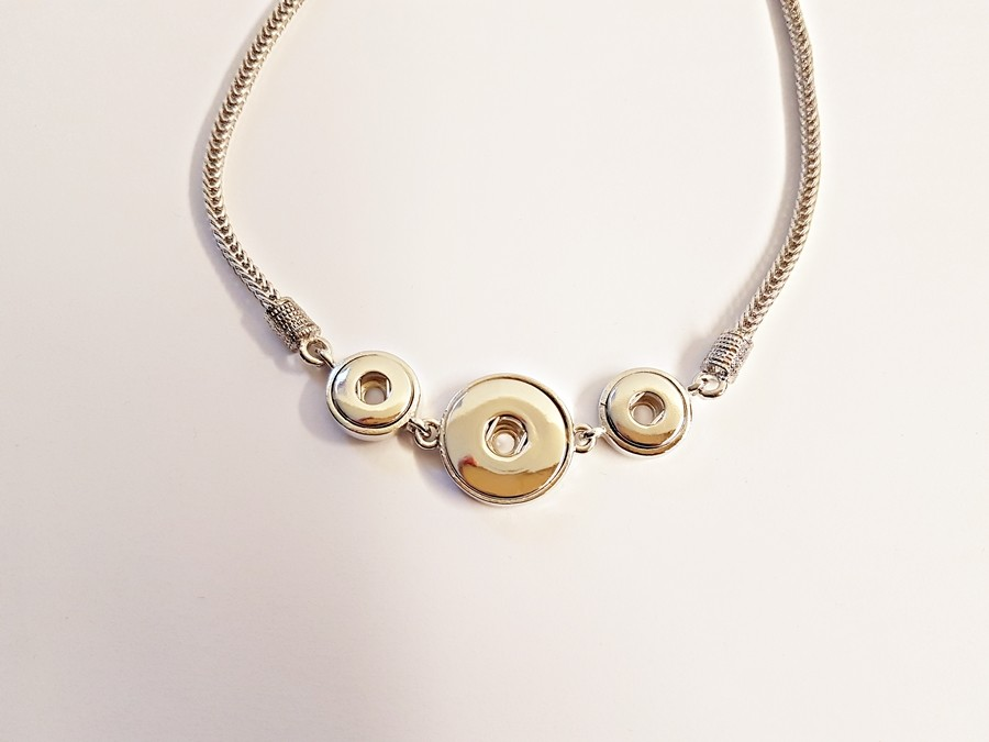 Collier simple 3 boutons pression