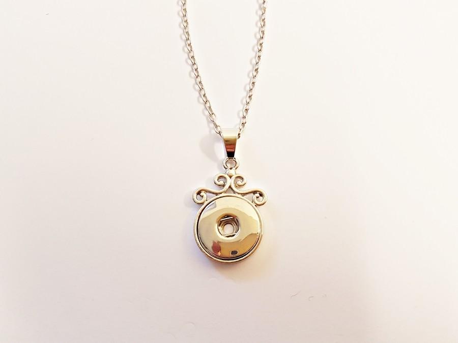 Collier avec décoration pour boutons pression