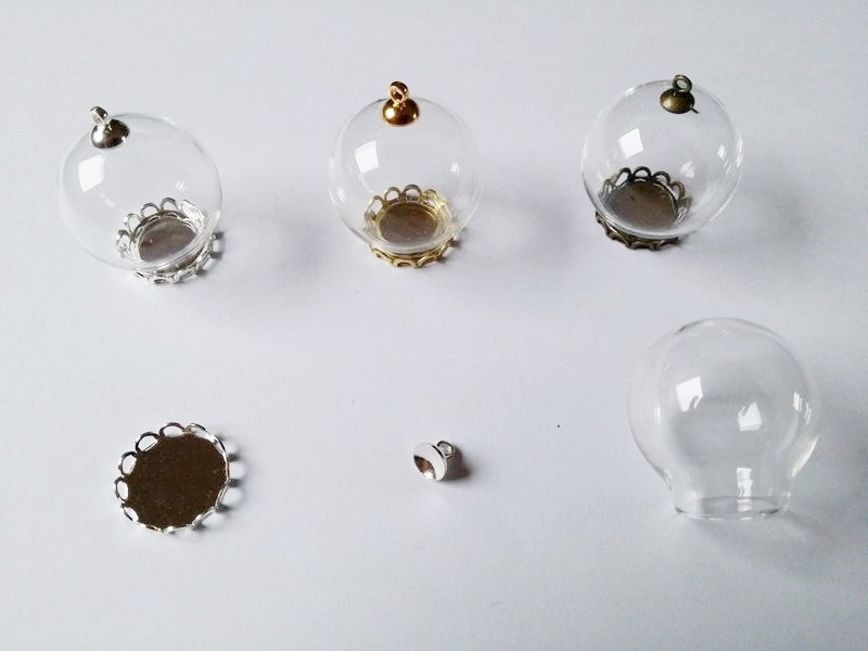 Pendentif Globe en verre à remplir petit modèle