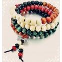 Braceletcollier perles en bois.