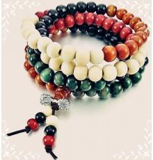 Bracelet/collier perles en bois.