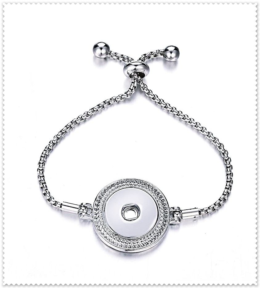 Bracelet bouton pression chaîne réglable.